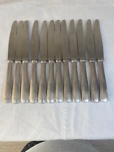 christofle 12 couteaux à entremet en métal argenté modèle BOREAL