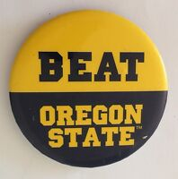 Beat Oregon State College Football Old Button Badge Pin Authentic Vintage (N12)