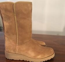 UGG Australia Amie Classic Slim Suede Sheepskin Boots Size 7 Chestnut 1013428