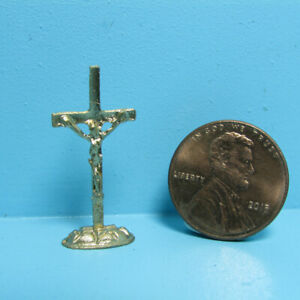 Dollhouse Miniature Metal Standing Religious Crucifix in Gold ISL2513