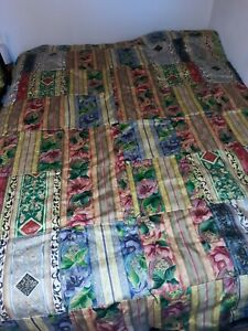 Beautiful Colorful Queen Size Large Floral Patchwork Quilt. New.