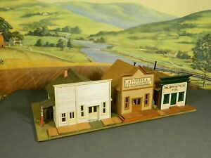 HO 1:87 SET of THREE Built Wood Craftsman OLD TIME STOREFRONT BUILDINGS w/DETAIL