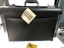 VTG!!! Oxford Brown Case With Locks In Perfect Condition