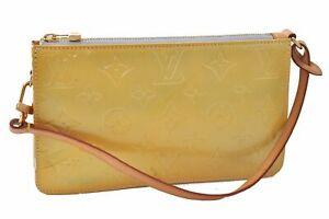 Authentic Louis Vuitton Vernis Lexington Pouch Yellow M91058 LV D6445