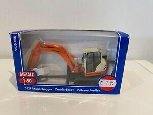 Siku Super Series  Crawler Excavator 1:50 Scale