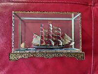 DIORAMA Veliero IN TECA di plexiglass e piedistallo in legno, VINTAGE