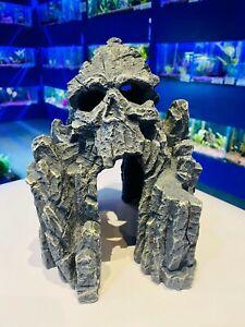 22.5 cm Large Skull Grey Rocky Cave  Spooky Face Aquarium Fish Tank Ornament SK9