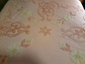 LUSH Vintage Chenille Bedspread Full Queen heavy quality cotton MCM peach pink