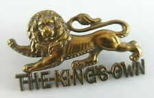 More details for ww1 brass the king's own lancaster regiment cap badge - 2 lugs to rear