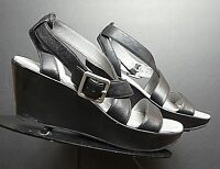 Women's TSUBO Black Leather Slingback Strappy Wedge Sz. 5,5 MINTY!