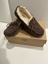 UGG  Women's Dakota Size US9 Moccasin - Dark Brown Size 7