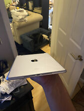 Apple iPad Air (2sec Generation) 128GB, Wi-Fi + 4G (Sprint), 10.5in - Space Gray