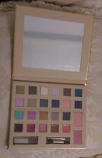 Avon 24k Gold Collection Medium Make Up Pallette