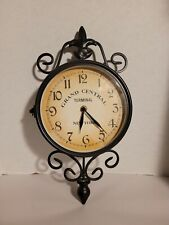 Wrought Iron Antique-Look Brown Round Wall Hanging Double Sided Two Faces