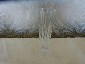 Vintage Retro Lead crystal Cut Glass Footed Bud Vase 17cm Tall