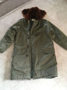 Vintage B-9 Parka ARMY AIR FORCE STYLE WWII FIELD JACKET