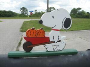 "NEW Snoopy ""Harvesting Pumpkins"" Mailbox Topper Handmade"
