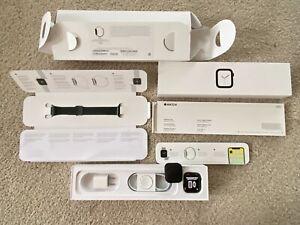 Apple Watch Series 4 40mm Space Black Stainless Steel Case Milanese Loop Band