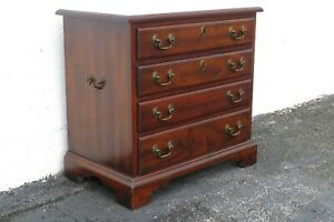 Mahogany Nightstand Side End Bedside Table 2417