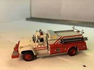 "1/87 HO Scale, Ford F-850 Pumper ""DC Fire depart No. 10"" Fire Truck D.C.F.D."