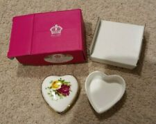 Royal Albert - Old Country Roses - Heart Shaped-Lidded- Trinket Box