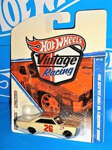Hot Wheels 2011 Vintage Racing Series #17 Junior Johnson's '65 Ford Galaxie 500