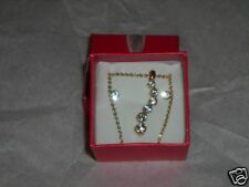 """NEW!  """"AVON"""" CURVE  NECKLACE & EARRING GIFT SET"""
