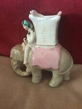 Antigua Figura de Porcelana de un niño en un elefante posiblemente un partido titular