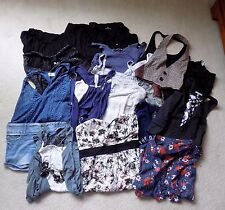 Huge Lot of Girls Teen Junior Women Clothes 19 Pieces Size S M L