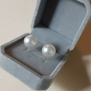 South sea white pearl stud earrings k18 11mm