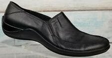 Life Stride Women's Black Leather Slip On Flat Comfort Shoes Size 8