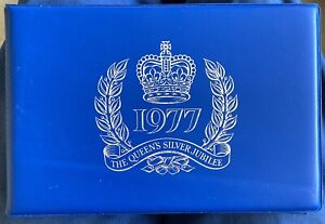 Stanley Gibbons - Silver Jubilee Album with Extra Leaves - 1977