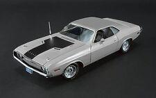 Acme 1:24 1970 Dodge Challenger R/T 426 Hemi, silver