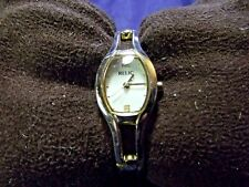 Woman's Relic  Watch with Bracelet Band **Nice** B101-1102