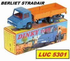Camions miniatures bleus Dinky