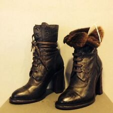 New UGG Collection Piera Classic Lace Up Sheepskin Cuff Heel Boots SZ 7.5 Italy