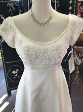 Ivory Wedding Dress NWT Size 4 Vintage Look Satin With Beads And Lace A-line 💕