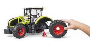 Bruder 03012 Claas Axion 950 Traktor Schlepper Trecker abnehmbare Reifen 3012Neu