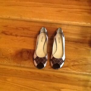 New With Box. Perlina Sz 10 Pump In Pink/Brown Suede/brown Patent Trim.