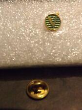 Sylized V tac pin/tie tac