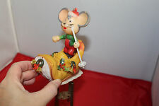 VINTAGE PLASTIC CHRISTMAS MOUSE SKIER IN BOOT HANGING WIND CHIMES hong kong