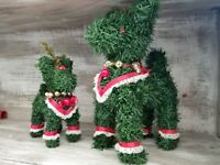 """Set of 2 Vintage Green Garland Christmas Holiday 7"""" & 10"""" Cute Reindeer Figurine"""