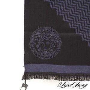 NWT Versace Made in Italy Black Navy Broken Herringbone Winter Wool Logo Scarf