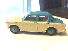 Dinky Toys Hillman Minx #175 Diecast Car