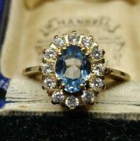 9ct Gold CZ Cluster Ring. UK Hallmarked. Vintage ring. Cluster ring. Flower ring