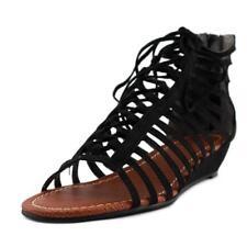 Sandalias y chanclas de mujer de tacón bajo (menos de 2,5 cm) de color principal negro de ante