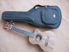 TENOR ELECTRO ACOUSTIC UKULELE, BUILT IN TUNER, NEW GIG BAG NORMAL RETAIL £200