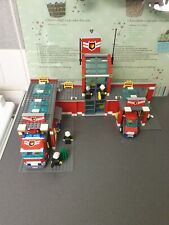 LEGO 7945 CITY FIRE STATION 100% COMPLETE