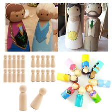 Dolls House Peg Basket with a Dozen Wooden Pegs