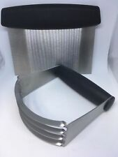 Stainless Steel Pastry Blender & Dough Cutter Flour Mixer- Pasta, Pie Crust Cake